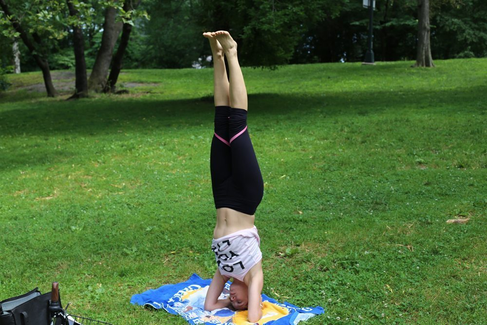 how to get into supported headstand